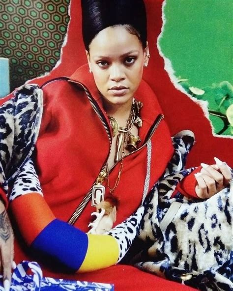 rihanna pays homage to queen nefertiti for vogue arabia rihanna vogue rihanna for vogue paris december 2017