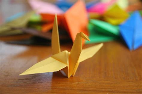 Origami Japanese - paper cranes for japan hapamama