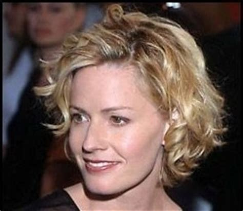 soccer haircusshorts 17 best images about elizabeth shue on pinterest