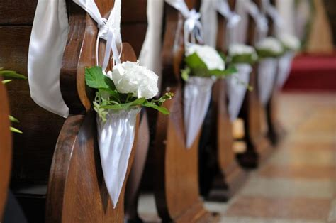 Decorating With Church Pews by Church Pew Wedding Decorations Wedding And Bridal