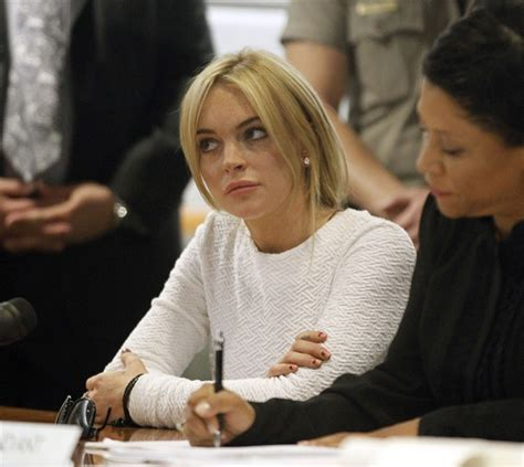 Lindsay Back In The by Lindsay Lohan Back In Court Vogue It