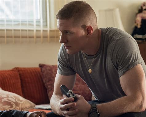 joseph sikora haircut starz reveals new trailers for black sails outlander and