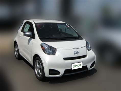 Small Cars With Great Gas Mileage by 2012 Scion Iq Review Green Car News And Reviews