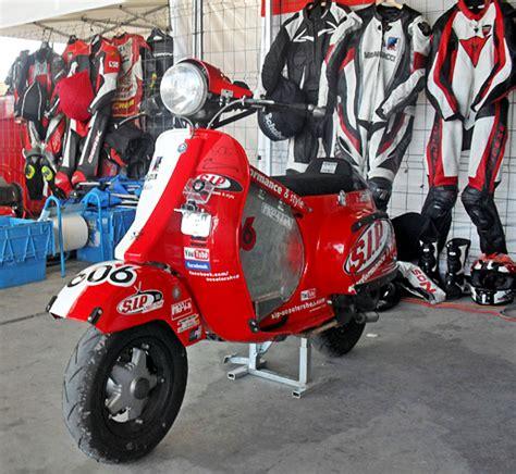 Modifikasi Vespa Balap Indonesia by Mau Modifikasi Vespa Untuk Balapan Gunakan Kopling Racing