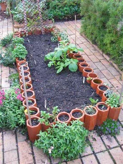 Diy Garden Edging Ideas 30 Diy Garden Bed Edging Ideas