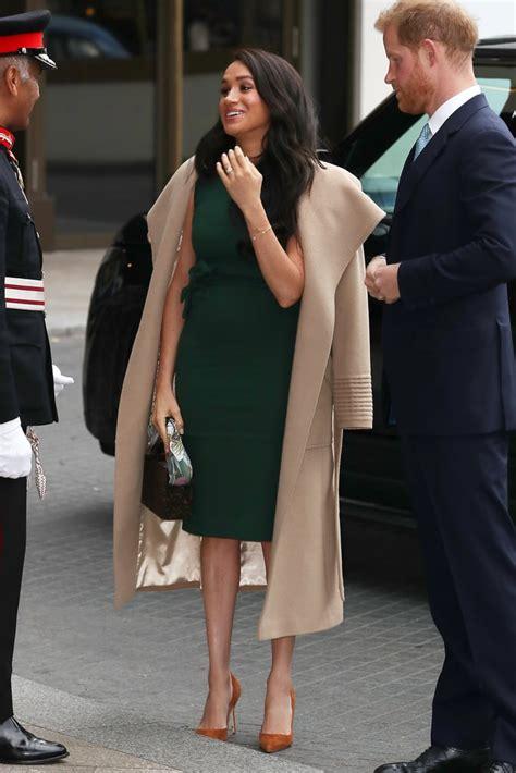 meghan markle rewears  green engagement dress