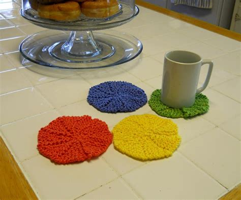 how to knit a coaster 7 knitted coasters for tabletop protection decor