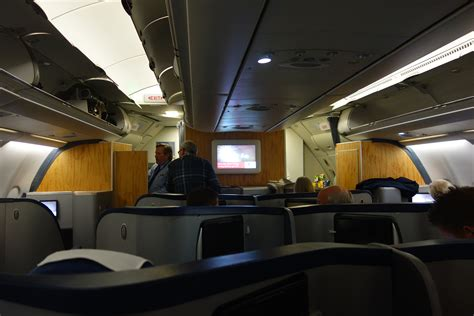 Aa Cabin by American Airlines A330 Cabin Www Imgkid The Image