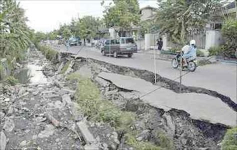 earthquake jogja pictures of recent yogyakarta indonesia earthquake