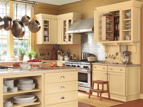 martha stewart living cabinets kitchens that work how to create your own country kitchen with these looks from
