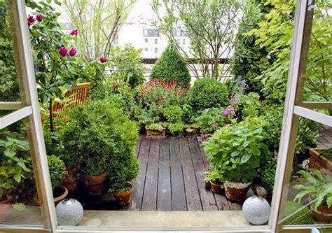 fiori in terrazza come trasformare la terrazza in un giardino titti it