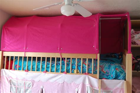 Top Bunk Bed Tent Everyone S Excited And Confused Pictures Of The Top Bunk Bed Tent And Paltry