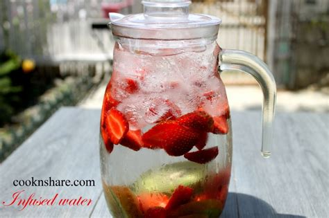 Strawberry Blueberry Detox Water by Strawberry Kiwi Infused Detox Water Cook N