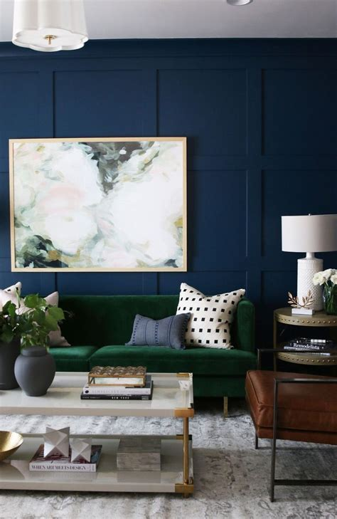 25 best ideas about green painted walls on pinterest 25 best ideas about green couch decor on pinterest blue