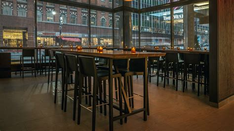 Lcl Bar And Kitchen by Hotel Restaurants Near Grand Central Station The Westin