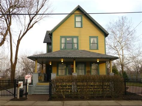 where is the christmas story house located the house in context of the neighborhood photo de a christmas story house