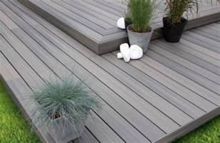 bodenbelag terrasse wpc terrassendielen bodenbelag f 252 r terrasse und balkon