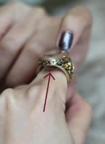 Making Enamel Jewelry - extra petite petite fashion style tips and diy