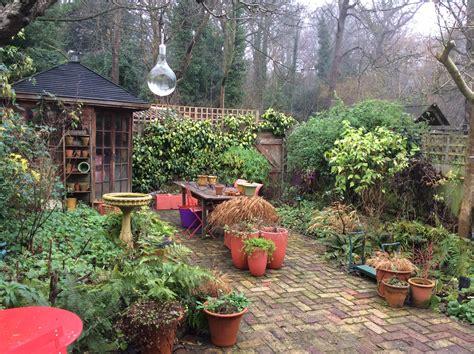 london cottage garden 187 the cottage garden turns from winter to spring gardening blog