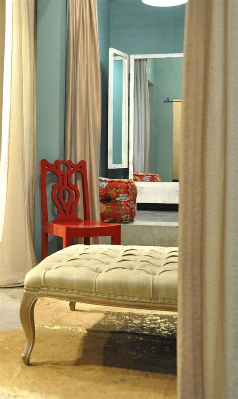 Teal amp poppy pops of red love the chair red and teal studio decor bw pinterest master