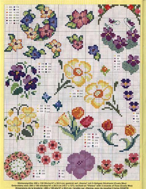 schemi di fiori a punto croce schemi punto croce di fiori grandezza varia magiedifilo