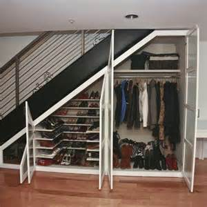 Closet Stairs Ideas by 25 Best Ideas About Closet Stairs On