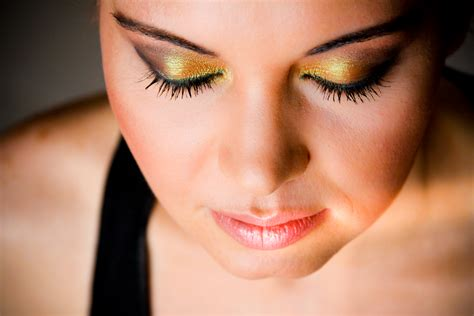 Make Up make up artist