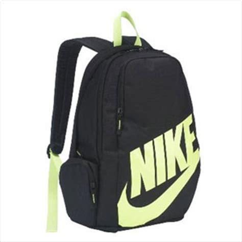 40 backpacks for back to school