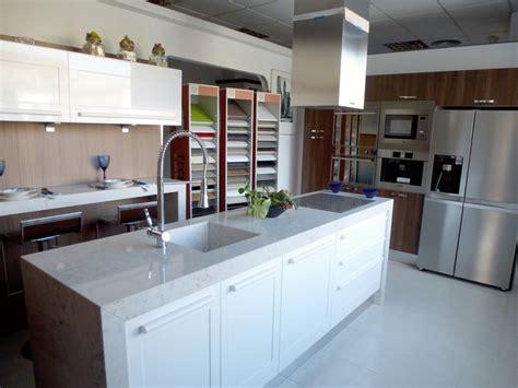 cocinas de exposicion en venta liamos nuestros puntos de venta en madrid con cocinas