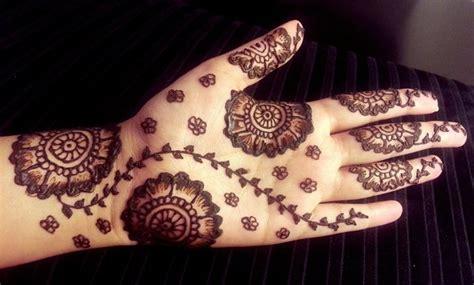 flower pattern mehndi design 20 simple mehndi designs for hands pakistani pk