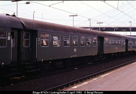 hähnchen wagen b3yge 87424 in ludwigshafen rh 05 04 1982 bahnbilder de