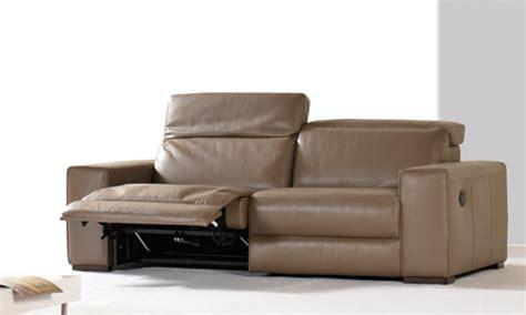 Canap C3 A9 Natuzzi Soldes Canap 233 Cuir Taupe Royal Sofa Id 233 E De Canap 233 Et Meuble