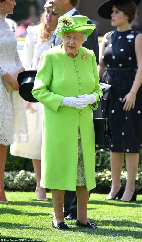 Last Day At Royal Ascot Resembles A Muddy Day At Glastonbury by 33288 Best Images About Elizabeth Ii On