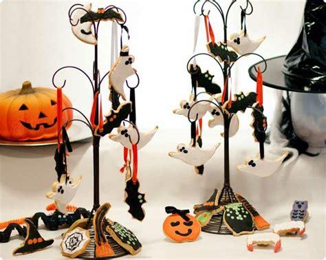 decorar escobas para halloween d 233 coration halloween maison en plus de 50 id 233 es simples