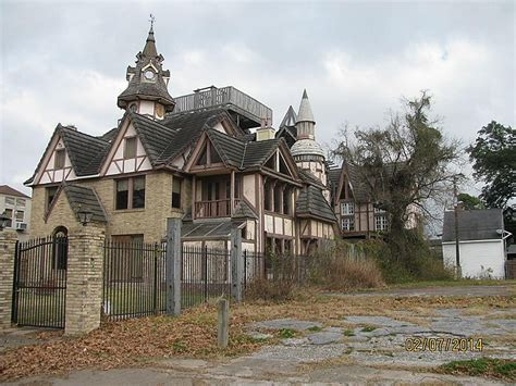 the 5 most sinister mansions in the houston area houston