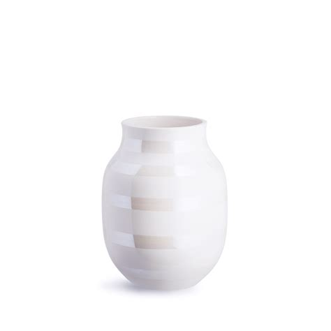 Omaggio Vase by See The Beautiful Omaggio Pearlescent Here Iconic Vases