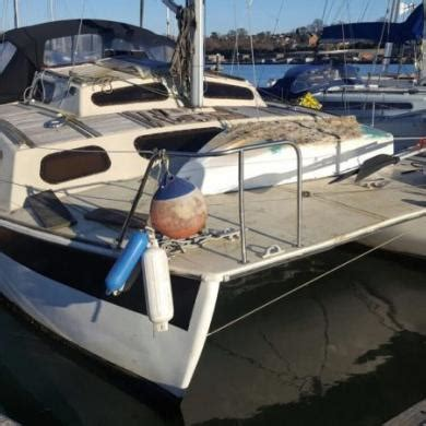 catamaran for sale uk cheap 26 catamaran project boat southton for sale for 163
