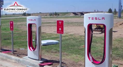 Tesla Fast Charging Stations What It Takes To Build A Tesla Supercharger Dc Fast