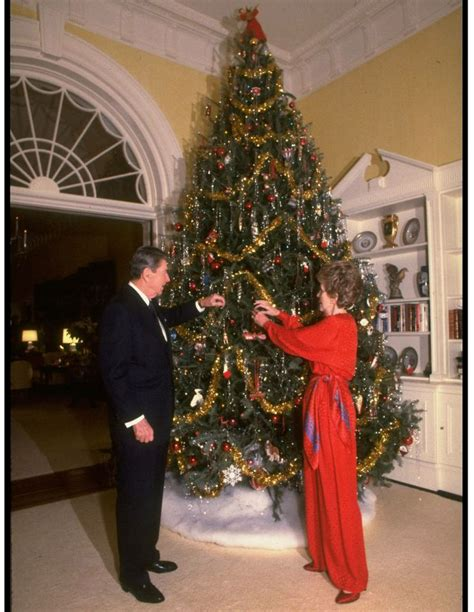 president to decorate the white house tree president to decorate the white house tree