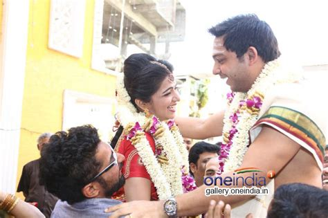 vijay tv dd marriage photos vijay tv anchor dd s divyadarshini wedding