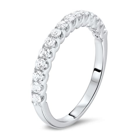 diamonds rings ring with brilliant cut diamonds diamondland
