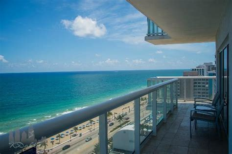 2 bedroom suites in fort lauderdale beach hilton fort lauderdale beach resort 2 bedroom suite farmersagentartruiz com