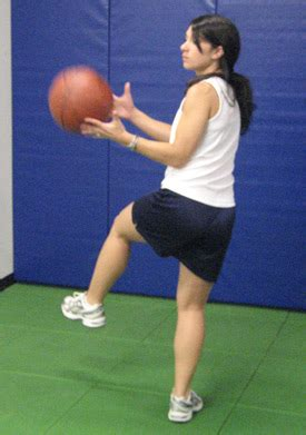 acl injury prevention tips  exercises