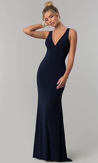 navy blue  neck prom dress  open  promgirl