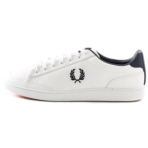 Sepatu Fred Perry E Navy fred perry hopman uomo pelle white navy scarpe nuovo