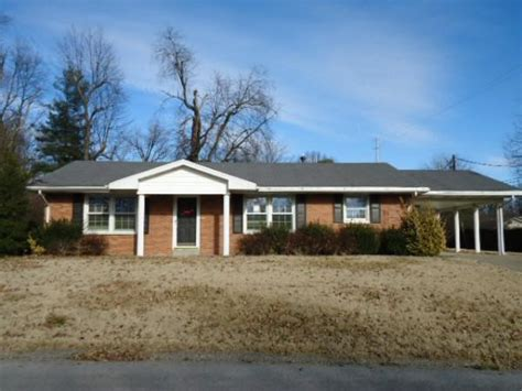 houses for sale in henderson ky 892 rob roy rd henderson ky 42420 detailed property info