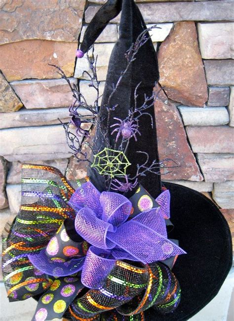 Decorating Witch Hat Ideas by 25 Best Ideas About Witch Hats On