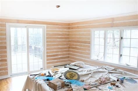 Adding Shiplap To Walls One Room Challenge Week 2 A Start To The Shiplap Nail