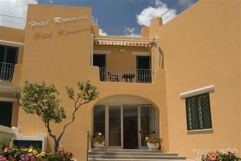 hotel rivamare ischia porto offerte e lastminute hotel a ischia