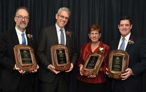 Brandeis Executive Mba For Physicians by David Weil Receives Boyle Award For Exemplary Service To